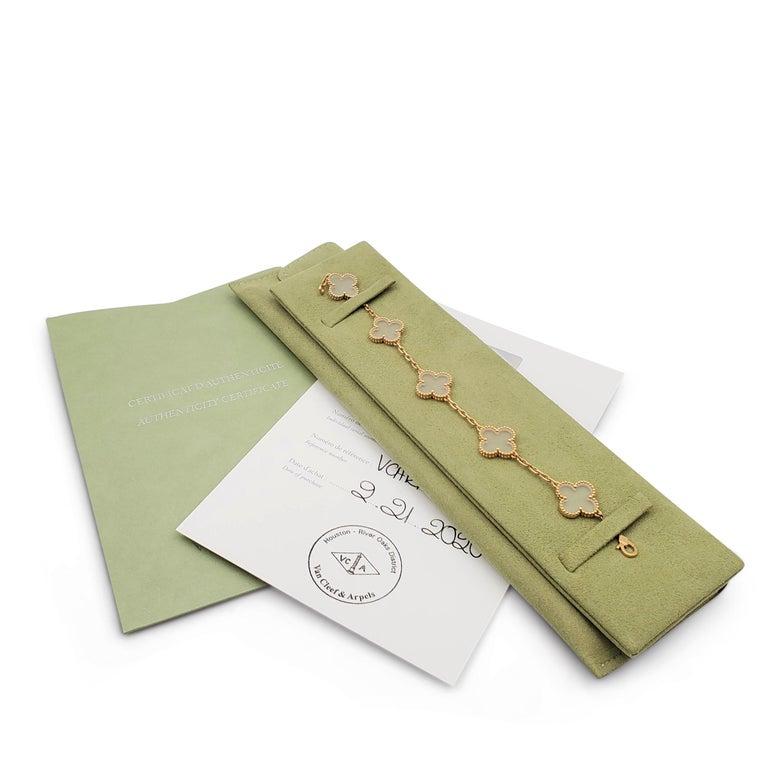 Van Cleef & Arpels 'Vintage Alhambra' Yellow Gold Rock Crystal Bracelet For Sale 3
