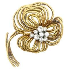 Van Cleef & Arpels Vintage Diamond 18 Karat Gold Flower Dress Clip Brooch