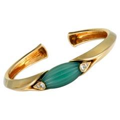 Van Cleef & Arpels Vintage Diamond and Jade 18 Karat Yellow Gold Bangle Bracelet