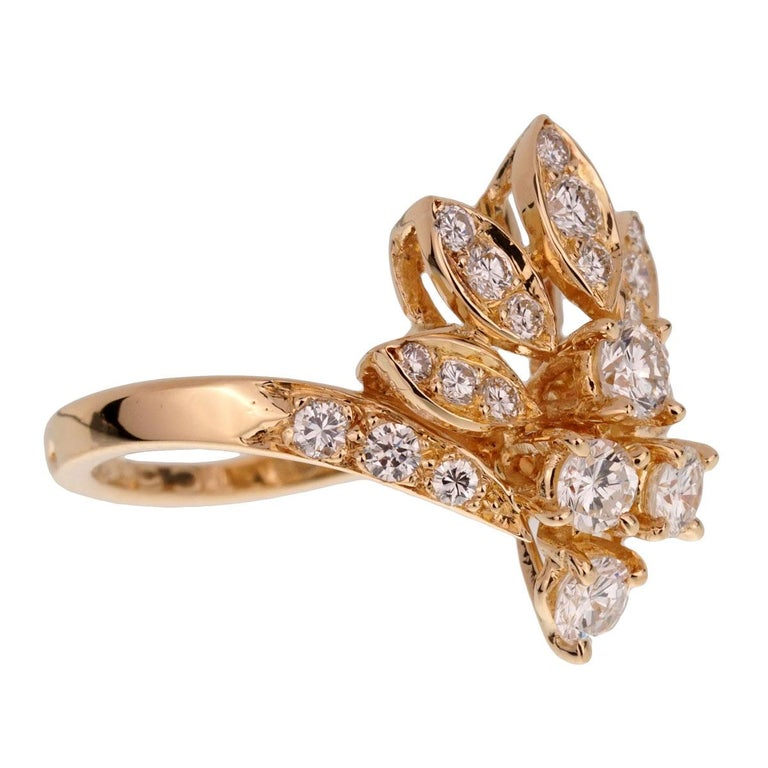 Round Cut Van Cleef & Arpels Vintage Diamond Cocktail Gold Ring For Sale