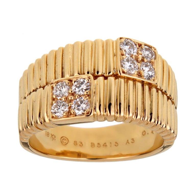 Van Cleef & Arpels Vintage Gold Ribbed Diamond Ring For Sale