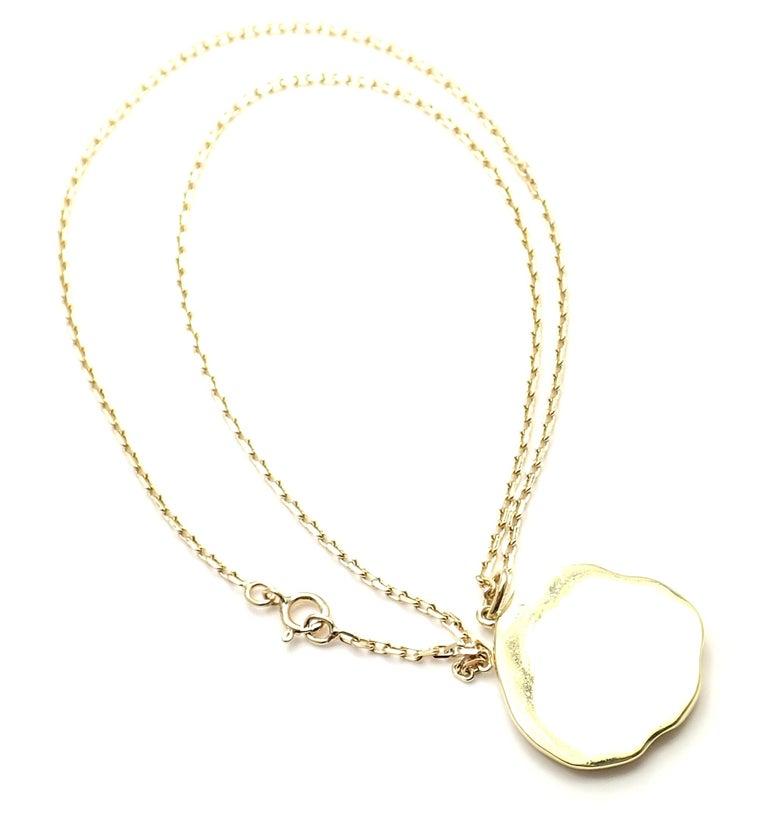 Women's or Men's Van Cleef & Arpels Vintage Love Yellow Gold Pendant Necklace