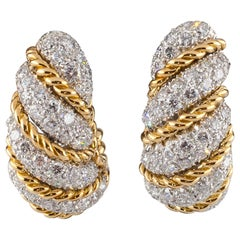 Van Cleef & Arpels Vintage Two-Tone 18k Gold 10.00 Carat Diamond Huggie Earrings