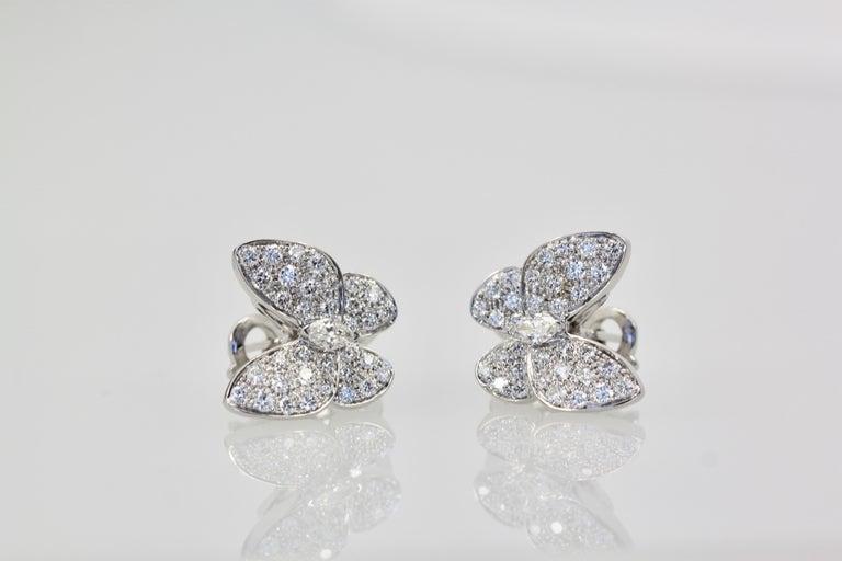 Aesthetic Movement Van Cleef & Arpels White Diamond Butterfly Earrings 18 Karat White Gold For Sale