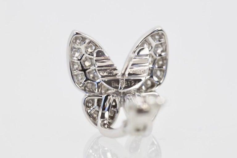 Van Cleef & Arpels White Diamond Butterfly Earrings 18 Karat White Gold For Sale 1