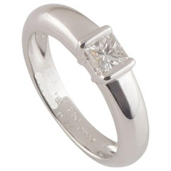 Van Cleef & Arpels White Gold Diamond Ring 0.24 Carat