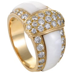 Van Cleef & Arpels Womens 18 Karat Yellow Gold Diamond and Mother of Pearl Ring