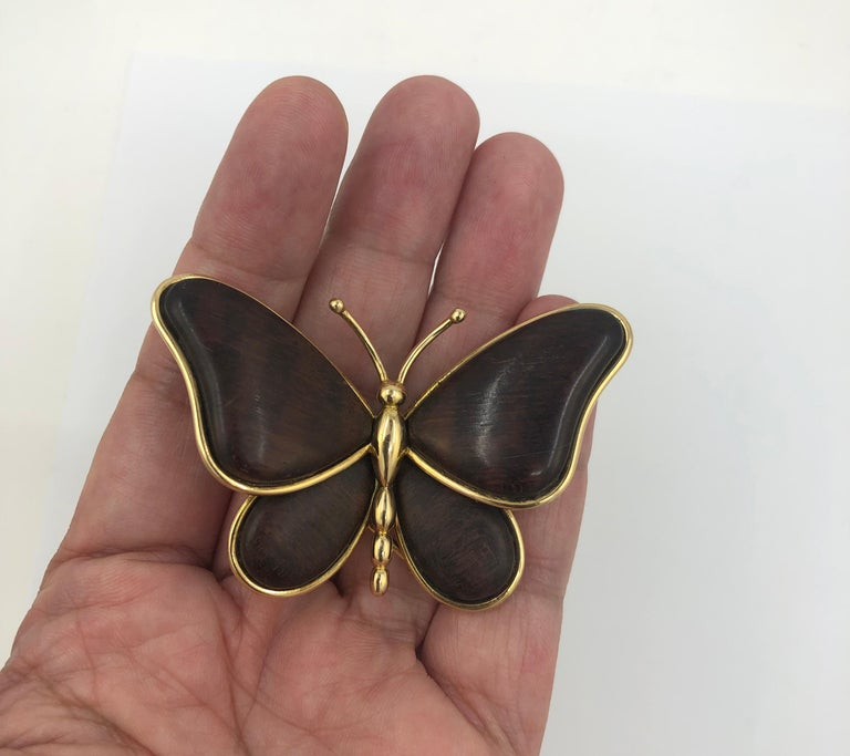 Women's or Men's Van Cleef & Arpels Wood Butterfly Brooch For Sale