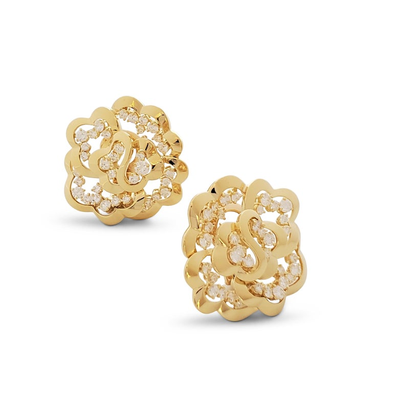 Women's Van Cleef & Arpels Yellow Gold and Diamond Open-Work Flower Earrings For Sale