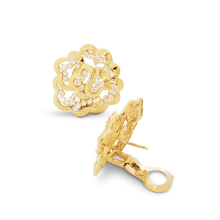 Van Cleef & Arpels Yellow Gold and Diamond Open-Work Flower Earrings For Sale 1