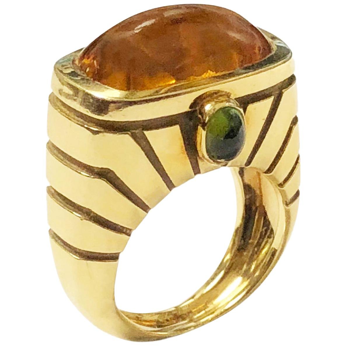 Van Cleef & Arpels Yellow Gold and Topaz Ring