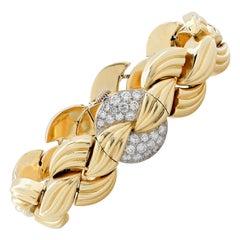 Van Cleef & Arpels Yellow Gold Diamond Concealed Dial Bracelet Wristwatch