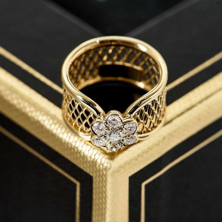 Van Cleef & Arpels Yellow Gold Diamond Fleurette Ring For Sale 1