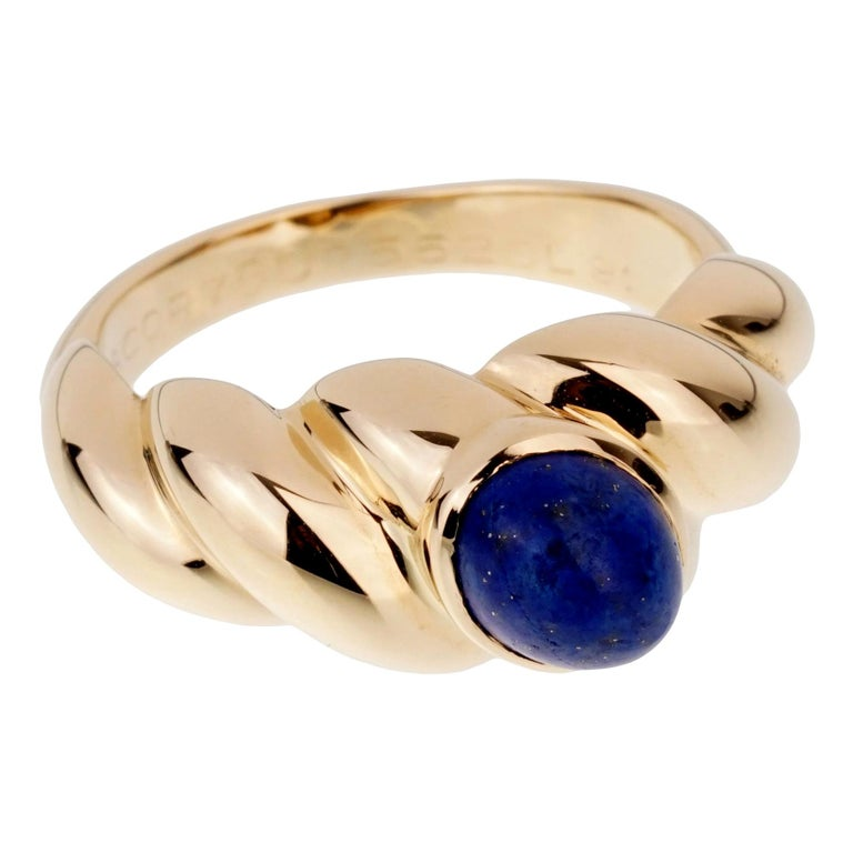 Van Cleef & Arpels Yellow Gold Lapis Ring For Sale