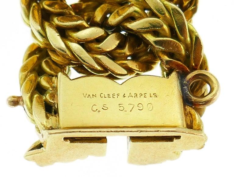 Van Cleef & Arpels Yellow Gold Link Chain Bracelet VCA Paris, 1970s 4