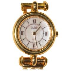 Van Cleef & Arpels Yellow Gold Pearl Bracelet Quartz Wristwatch