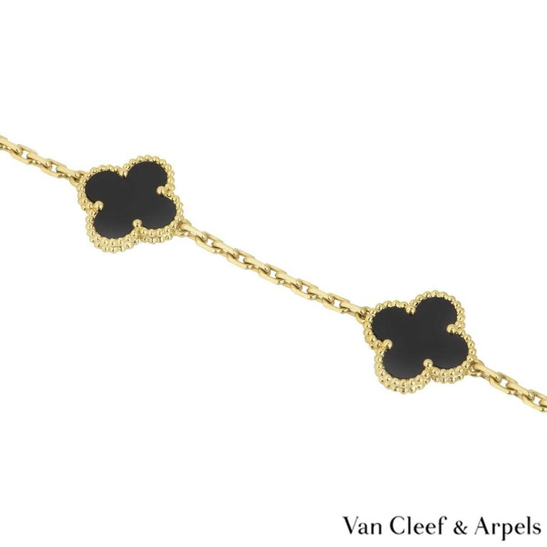 Van Cleef & Arpels Yellow Gold Vintage Alhambra Necklace VCARA43100 In Excellent Condition For Sale In London, GB