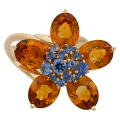 Van Cleef & Arples 18 Karat Yellow Gold Citrine and Sapphire Flower Ring