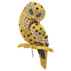 Van Cleef & Arples Diamond Emerald Onyx Gold Owl Brooch Pin