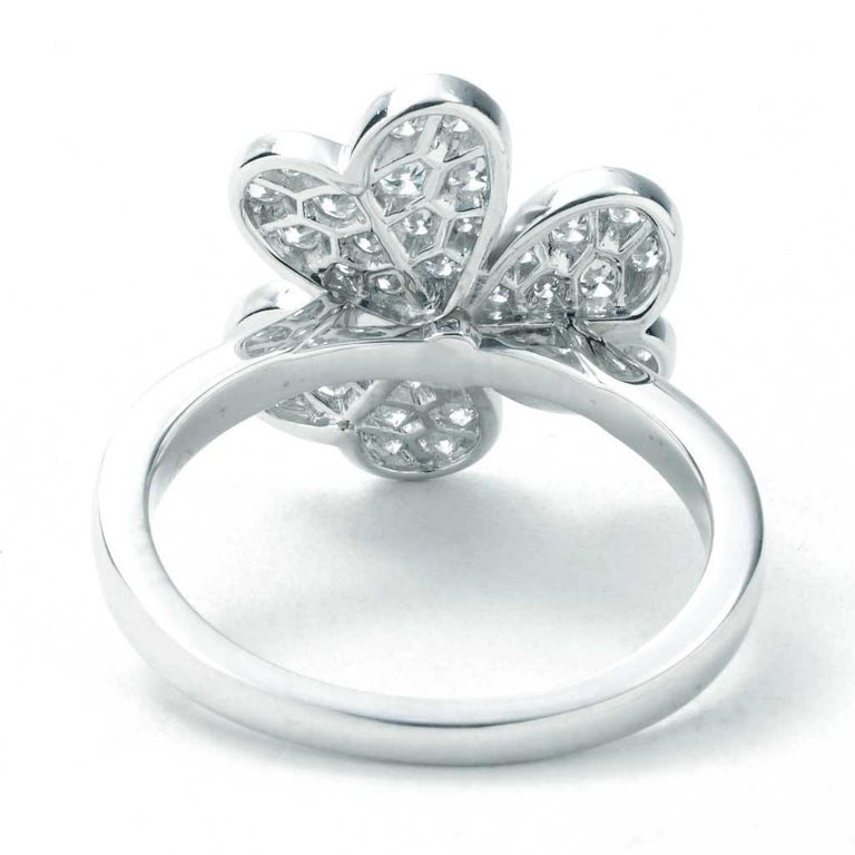Round Cut Van Cleef & Arpels Frivole Ring in White Gold with Diamonds VCARD31600 For Sale