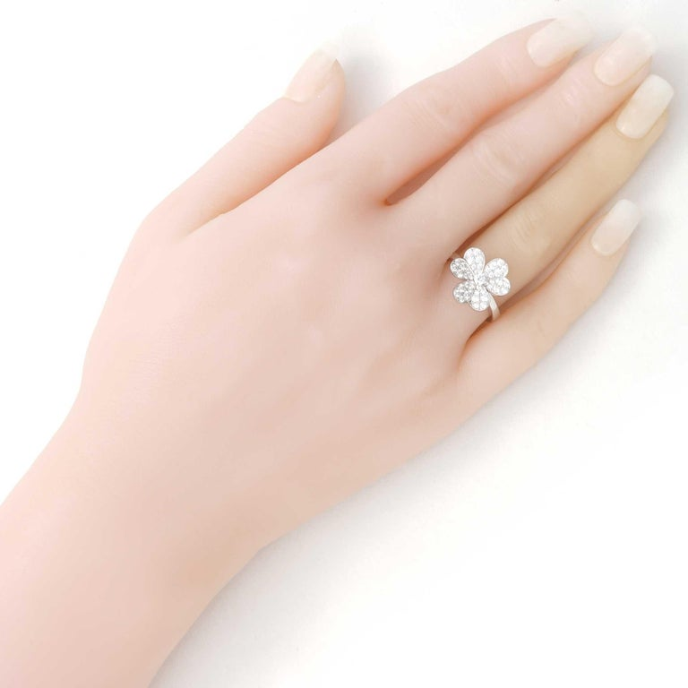Women's or Men's Van Cleef & Arpels Frivole Ring in White Gold with Diamonds VCARD31600 For Sale
