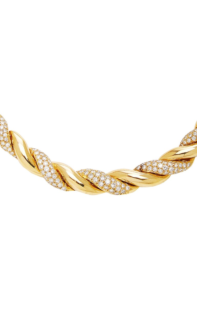 Van Cleef Rope Gold Diamond Necklace In Excellent Condition For Sale In New York, NY