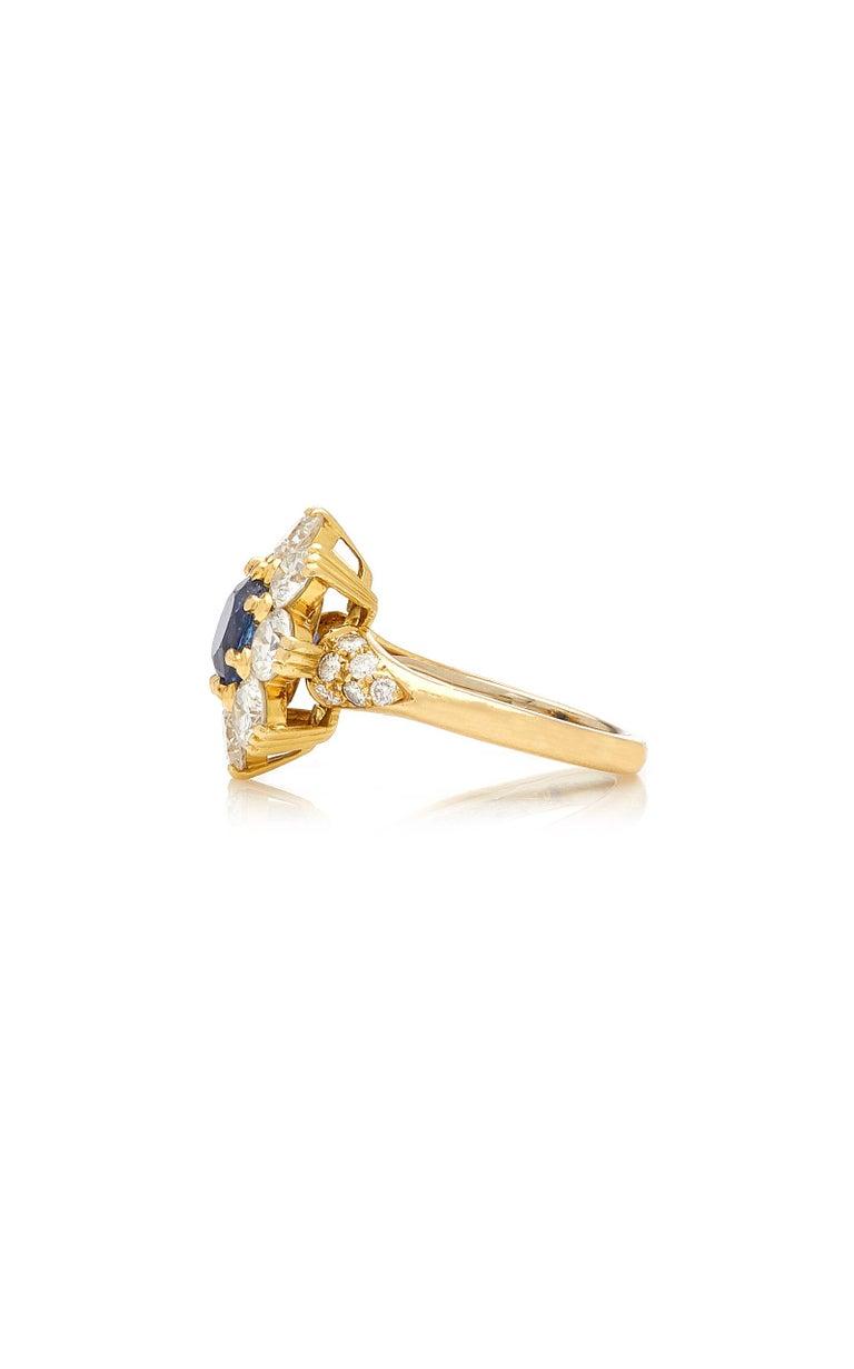 Women's or Men's Van Cleef Rosetta Sapphire Diamond Ring For Sale