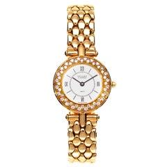 Van Cleef & Arpels Watch with Diamonds in 18 Karat Gold