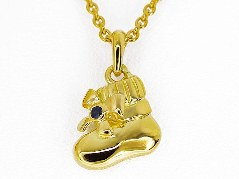 Brand : Van Cleef&Arpels Name : Boots pendant necklace Material : 1P Sapphire, 750 K18 YG Yellow Gold Comes with :Van Cleef & Arpels box, case, VCA repair certificate(Nov 2016) Necklace length : 40cm/15.74