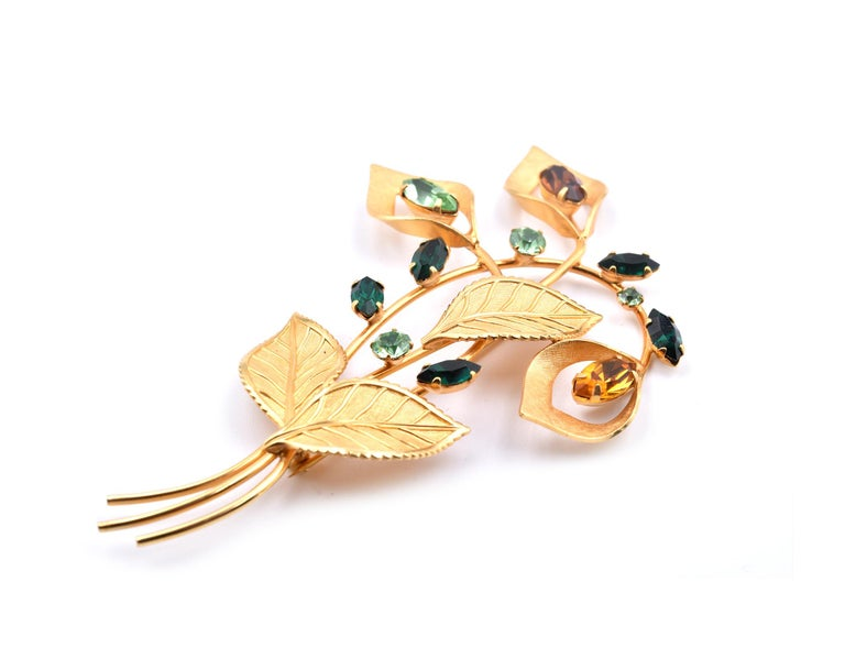 Van Dell Rhinestone Pin 1/20 12 Karat Gold Filled In Excellent Condition For Sale In Scottsdale, AZ