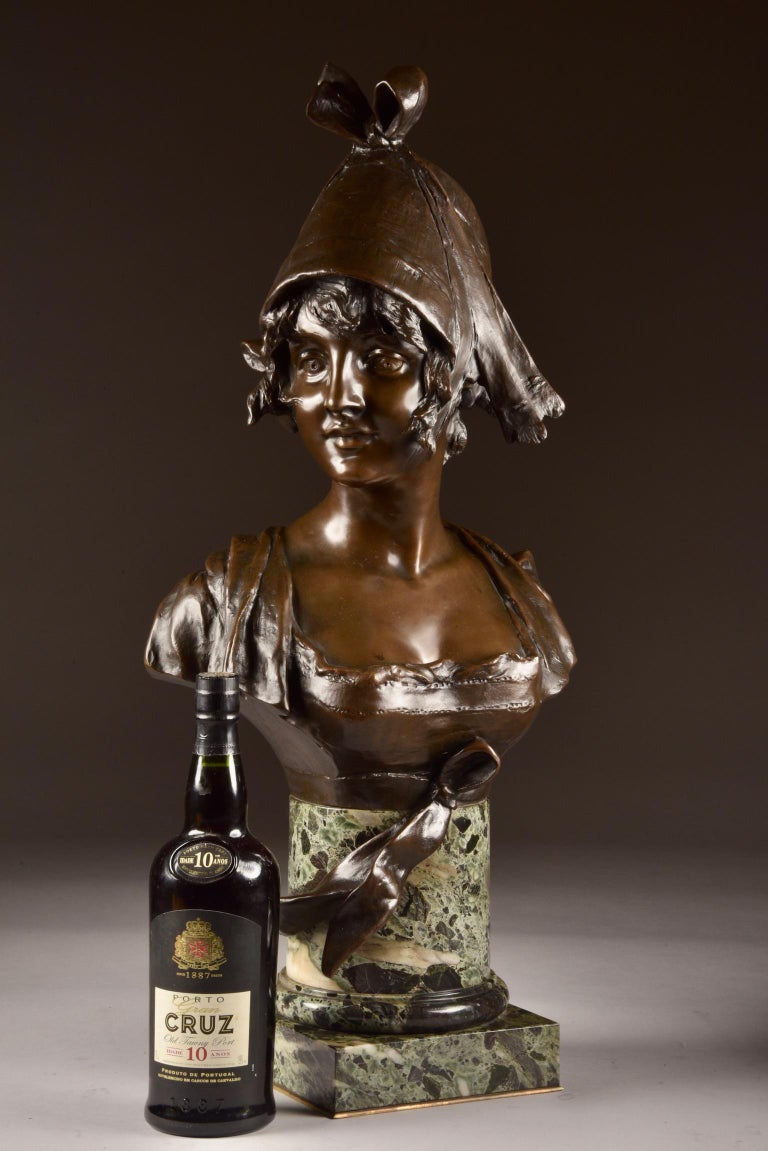Art Nouveau Van der Straeten, Large 3-Part Set of Bronze Bust with 2 Cassoltes For Sale