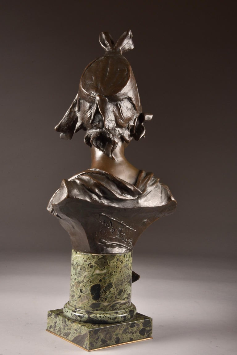 20th Century Van der Straeten, Large 3-Part Set of Bronze Bust with 2 Cassoltes For Sale