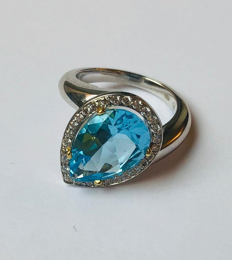 Contemporary Van der Veken 18 Karat White Gold Blue Topaz and Diamond Statement Ring For Sale