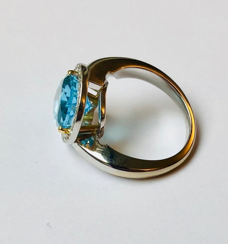 Women's Van der Veken 18 Karat White Gold Blue Topaz and Diamond Statement Ring For Sale