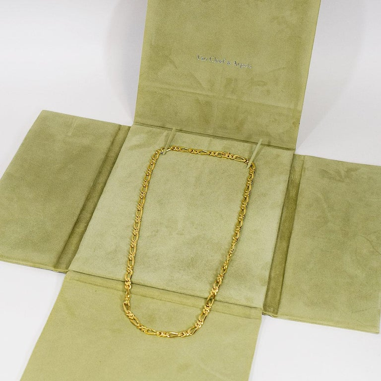 Van Cleef & Arpels 18 Karat Yellow Gold Long Chain Gold Necklace 129.7g For Sale 4