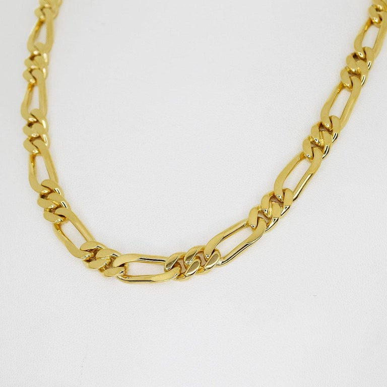 Brand:VanCleef&Arpels Name:Long chain gold necklace Material:750 K18 YG yellow gold Weight :129.7g(Approx) neck around 約80cm /31.49in(Approx) Width(inch):7.22mm / 0.28in(Approx) Comes with:VCA Soft Case, VCA Repair Certificate×2 (May 2019/Feb 2020)