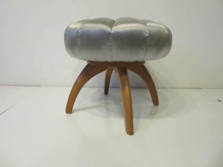 Vanity Pouffe / Stool by Heywood Wakefield for the Kohinoor Collection 1