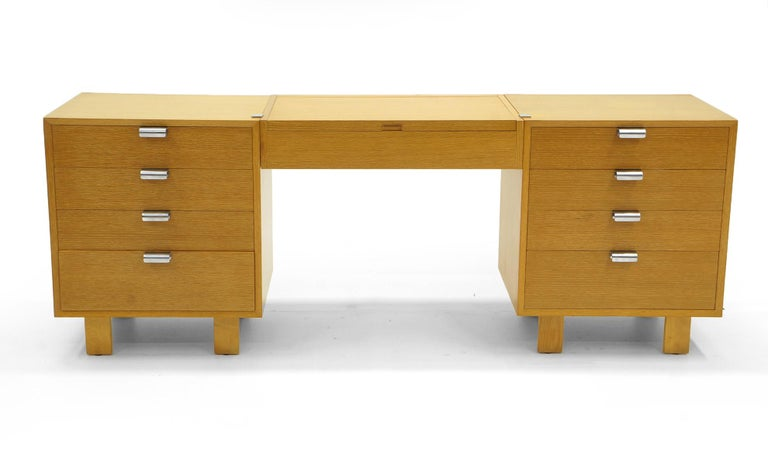 Mid-Century Modern Vanity with Two Four-Drawer Chests by George Nelson for Herman Miller For Sale