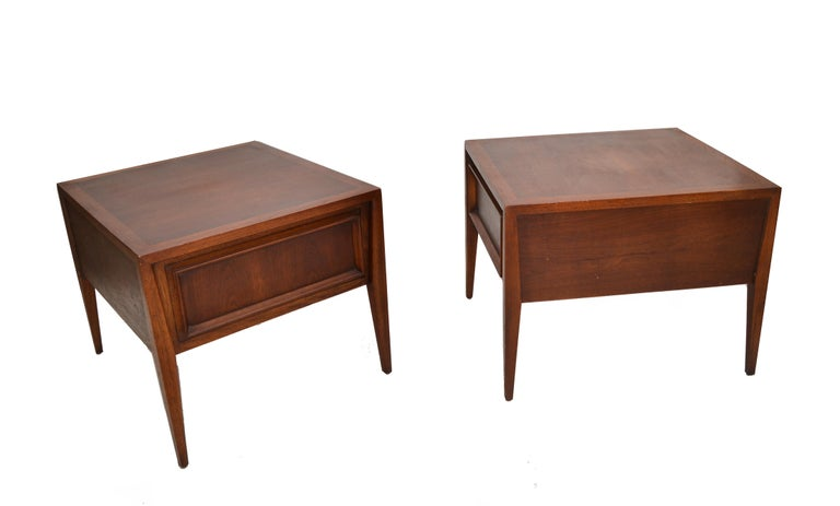 20th Century Vanleigh Walnut Night Stand, Bedside Tables American Mid-Century Modern, Pair For Sale