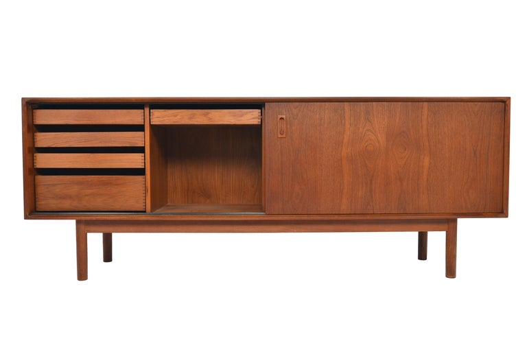 Origin: England Designer: Unknown Manufacturer: Vanson Era: 1960s Materials: Teak  Condition: In good original condition with some cosmetic wear (will be addressed in restoration)  Restoration includes: • Structural and joint repair (if