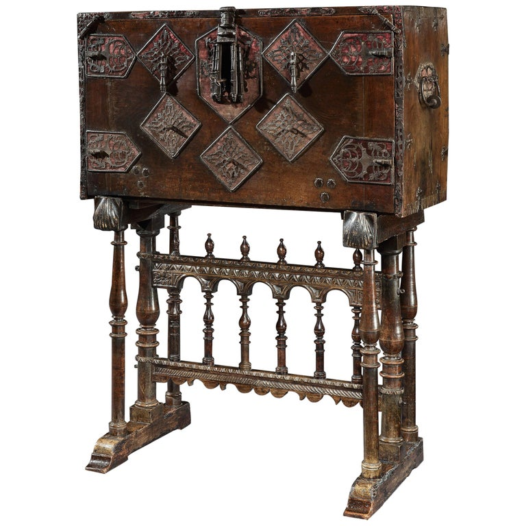 Vargueno or Bargueno, Late-16th-Early-17th Century, Spanish Renaissance, Walnut For Sale