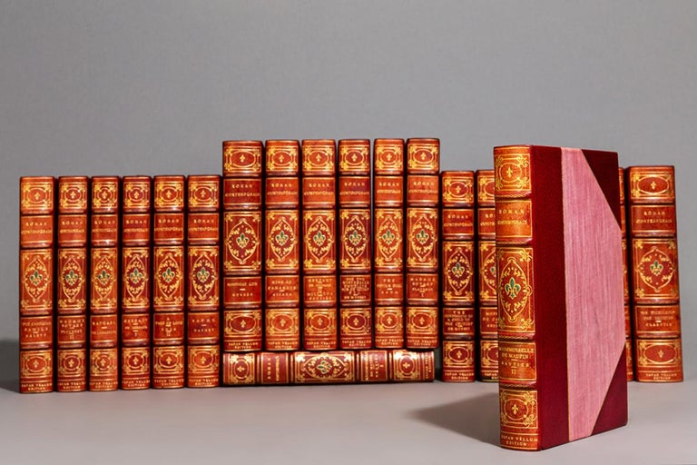 Leather 'Various Authors', Roman Contemporian For Sale