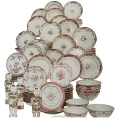 Set of Chinese Dinnerware Qing Dynasty, from Alberto Pinto Collection