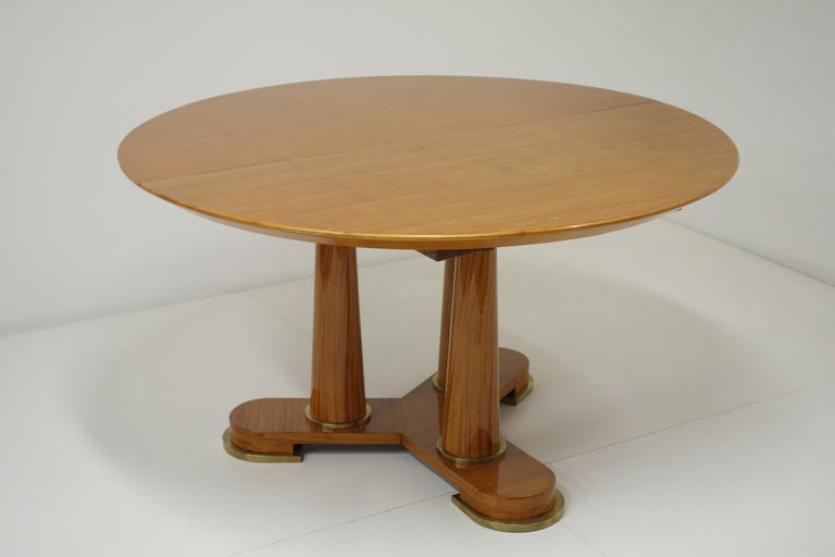 Varnished Lemon-Tree Circular Table by Jean Royère, circa 1950 In Good Condition For Sale In Paris, FR