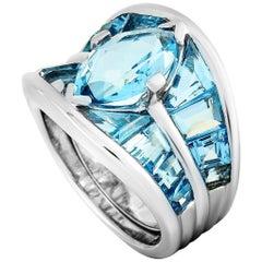 Vasari 18 Karat White Gold and 8.50 Carat Aquamarine Ring