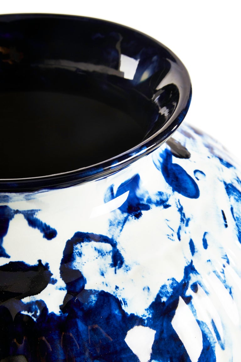 Dutch Vase Big, by Marcel Wanders, Delft Blue Hand-Painted, 2006, Unique #100039/6 For Sale