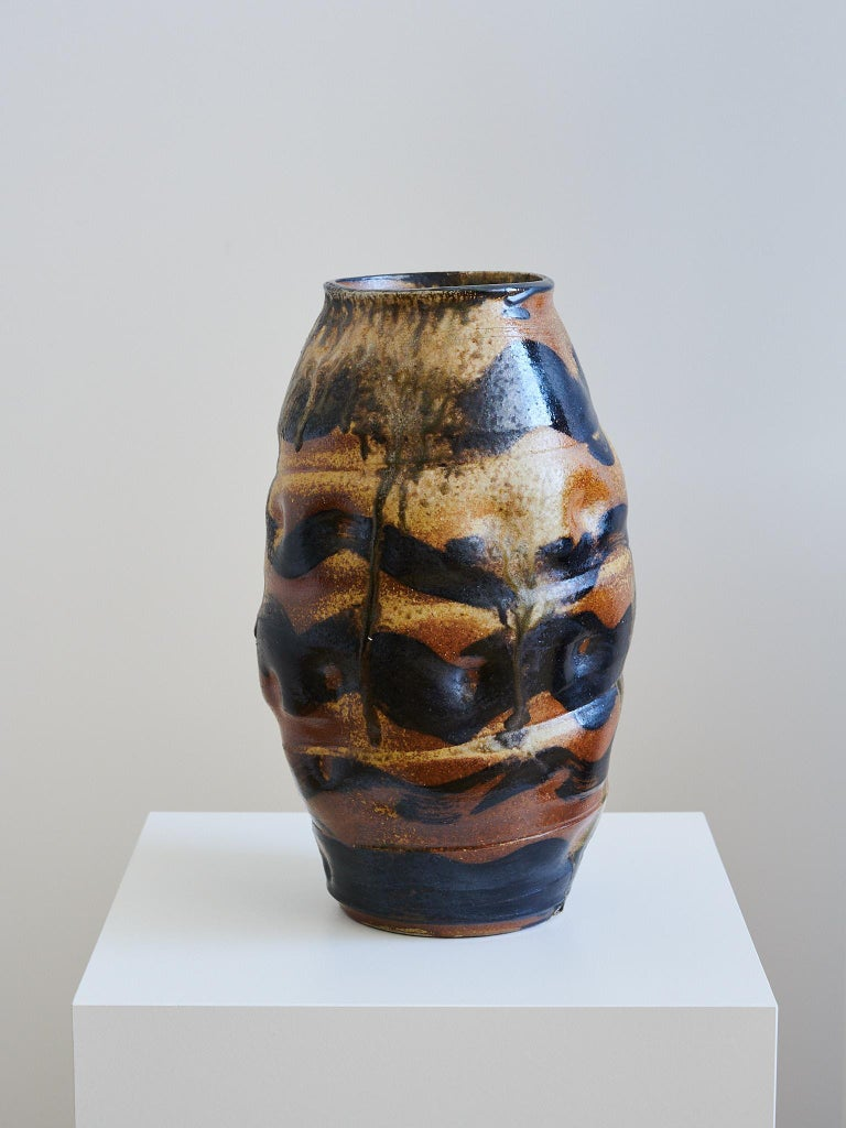 Ebitenyefa Baralaye is a ceramicist, sculptor, and designer. His work explores cultural, spiritual, and material translations of objects, text, and symbols interpreted through a diaspora lens and abstracted around the aesthetics of craft and design.