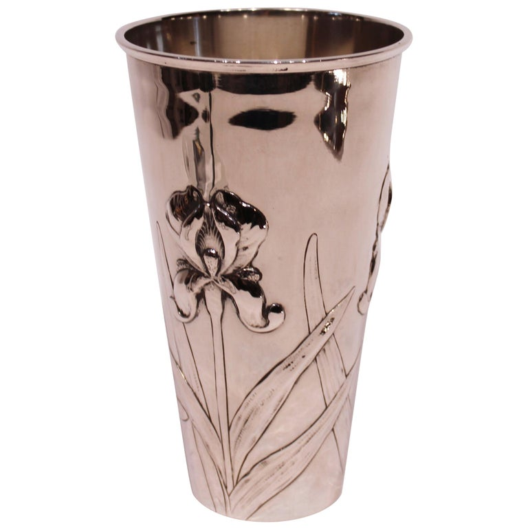 Vase Decorated with Flowers and of Hallmarked Silver For Sale