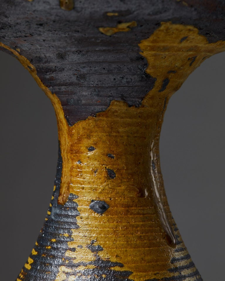 Vase Designed by Kyllikki Salmenhaara for Arabia In Good Condition For Sale In Stockholm, SE