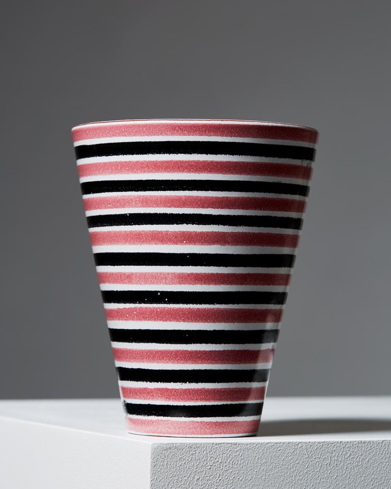 Stoneware.   Measures: Height 22 cm/ 8 3/4